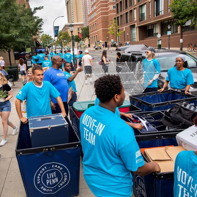 Photo of people helping at Move-In